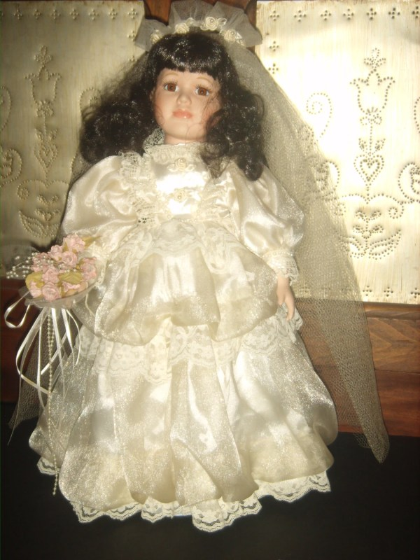 Gorgeous 1980' Bisque Porcelain Bride Doll In Lovely