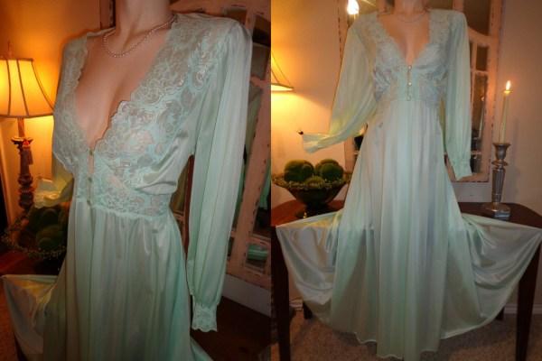 Vintage Shadowline Olga Style Spandex Robe Wear Nightgown