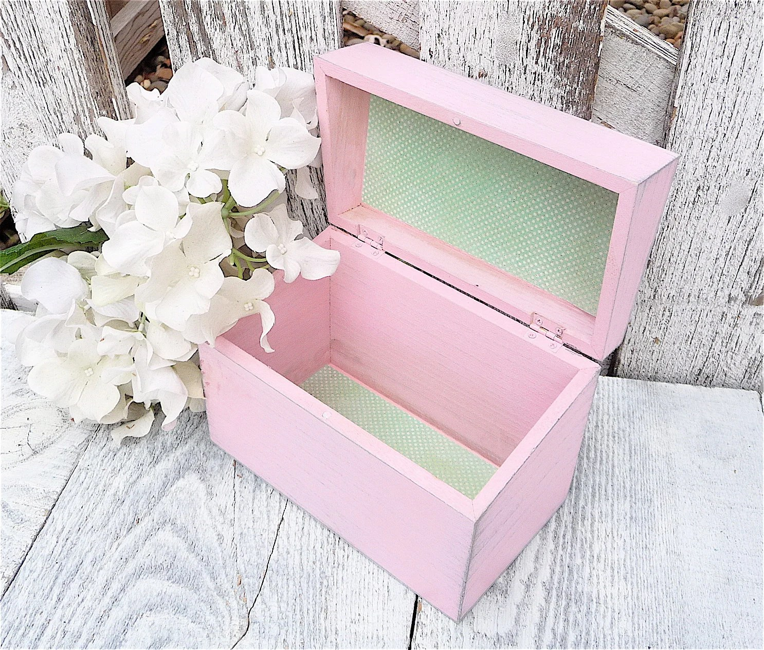 Pink SHABBY CHIC Wood Recipe Box - Rustic Vintage Kitchen Decor - HuckleberryVntg