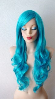 teal blue wig. long curly volume