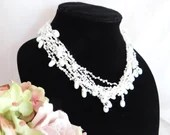 Vintage White Lace Knot N...