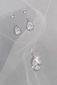 Crystal Bridal Set. Bridesmaids Jewelry Set by CrystalAvenues