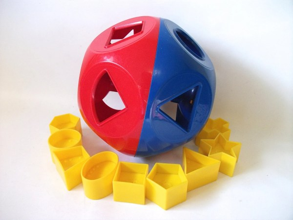 Tupperware Shape O Ball Toy