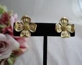 Crown Trifari Gold Tone F...