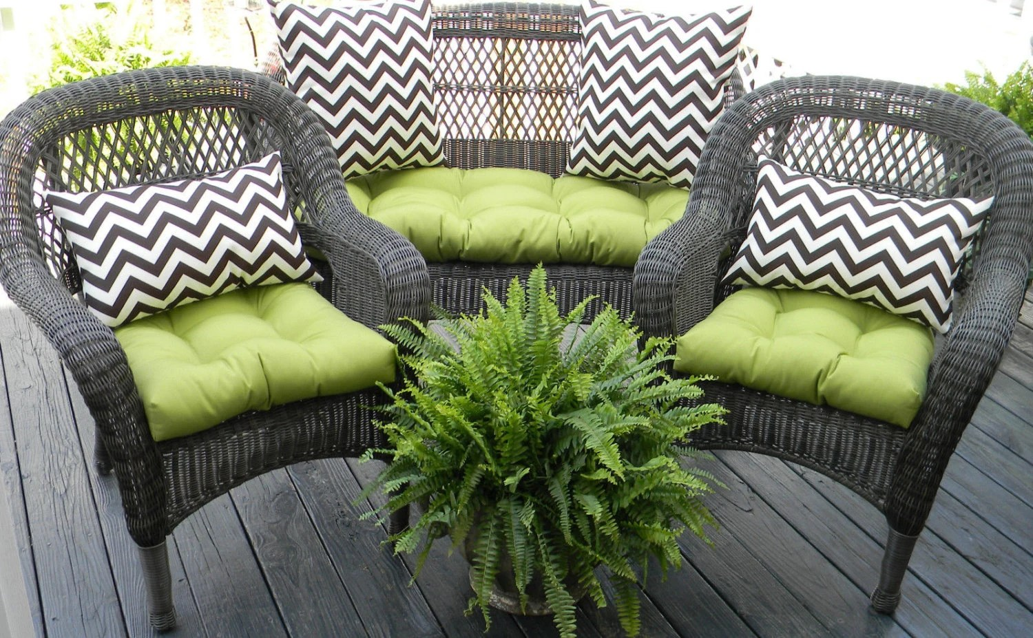 Outdoor Wicker Cushion And Pillow 7 Pc. Set Solid Kiwi Green