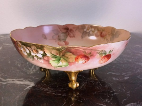 Antique Limoges Footed Strawberry Bowl With Gold