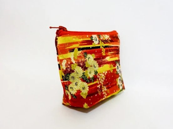 Zipper Pouch Small Wallet Small Cosmetic Pouch  White and Gold Flowers on Reds - handjstarcreations