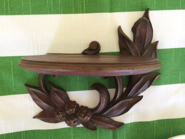 Wooden Wall Plate Holder