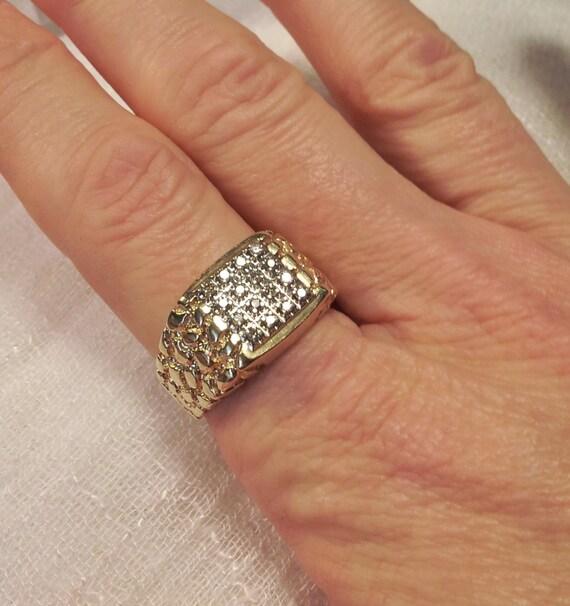 10K Gold Nugget Diamond Ring