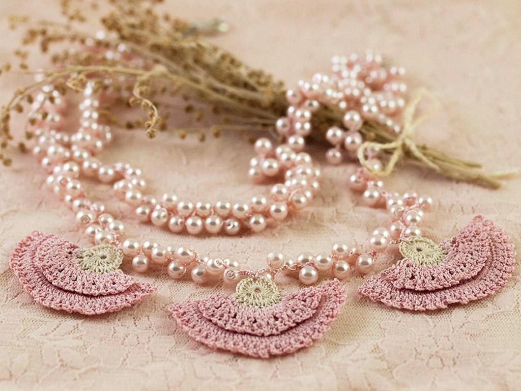 Pearl Wedding Necklace with Pink Carnations - Layered Statement Necklace - Chic Pearls - Pink Carnation Bridal Jewelry - Fiber Art - PinaraDesign