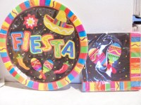 Set of Fiesta/Mexican themed party paper plates and napkins