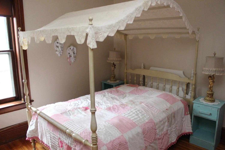 Vintage Canopy Full Bed Frame Shabby Chic Crochet Topper