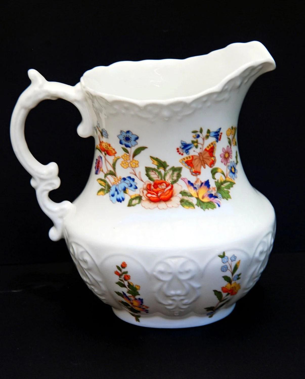 Aynsley Cottage Garden Fine Bone China Milk Pitcher Scalloped