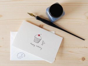 birthday card happy simple bird drawing cupcake