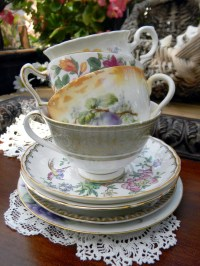 vintage cup: NEW 866 VINTAGE TEA CUPS AND SAUCERS BULK