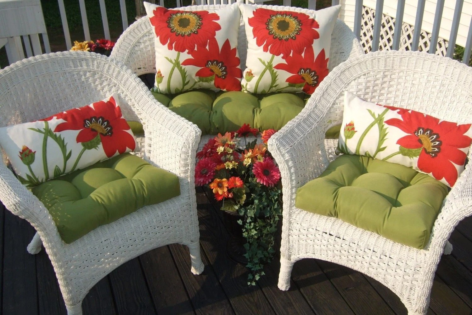 Wicker Cushion And Pillow 7 Pc Set Kiwi Green Solid Cushions