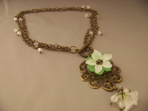 Double Chain Toggle Clasp Necklace With Flower