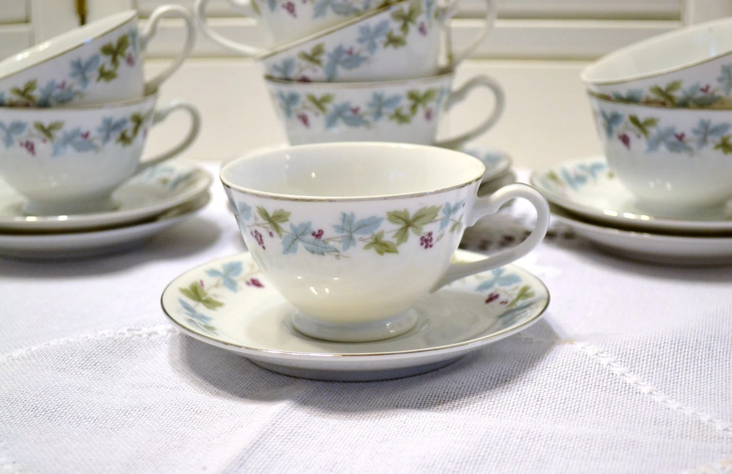 Vintage Fine China Cups and Saucers Set of 8 Grape Vine 6701