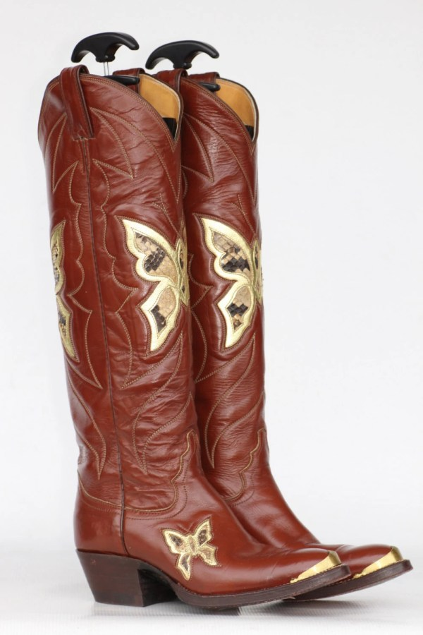 Tall Beautiful vintage Justin butterfly cutout leather womens