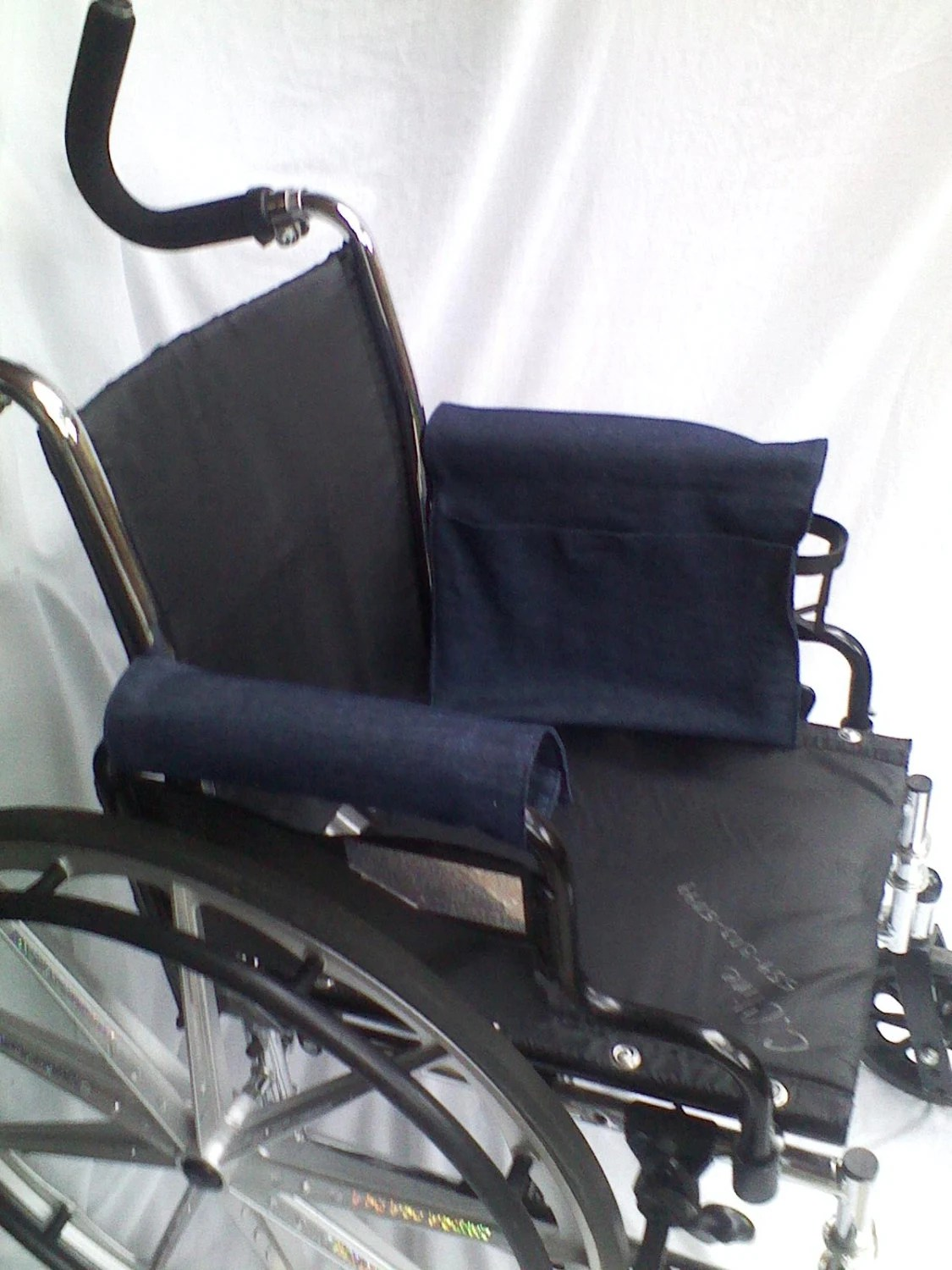chair arm protectors with pockets black cross back kitchen chairs wheelchair armrest pouch bag or walkerlined pocket mate