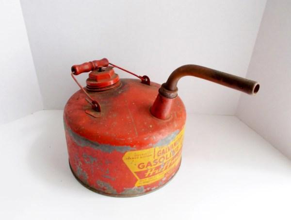 Vintage Huffman Gas 1 Gallon Galvanized 1950'