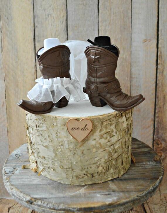 Country western weddingcowboy boots wedding cake