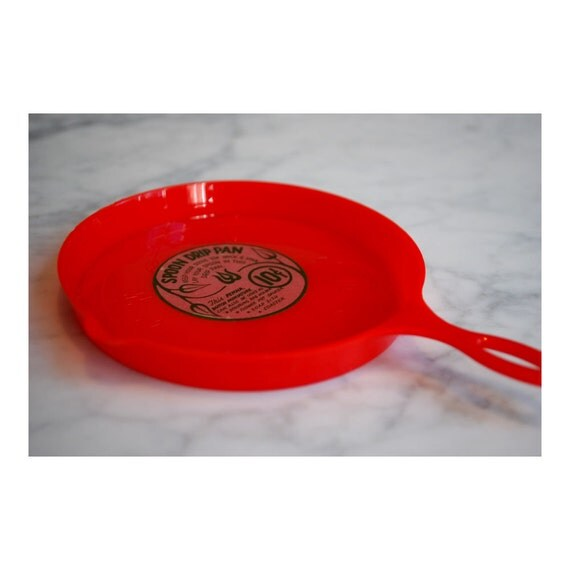 Vintage Mint Spoon Rest Red Plastic Frying Pan by variation