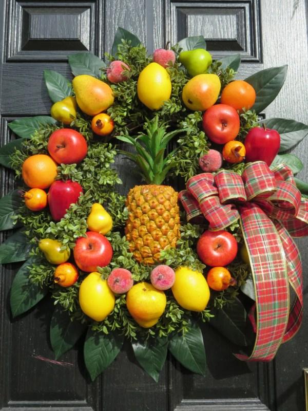 Colonial Williamsburg Christmas Fruit Wreath