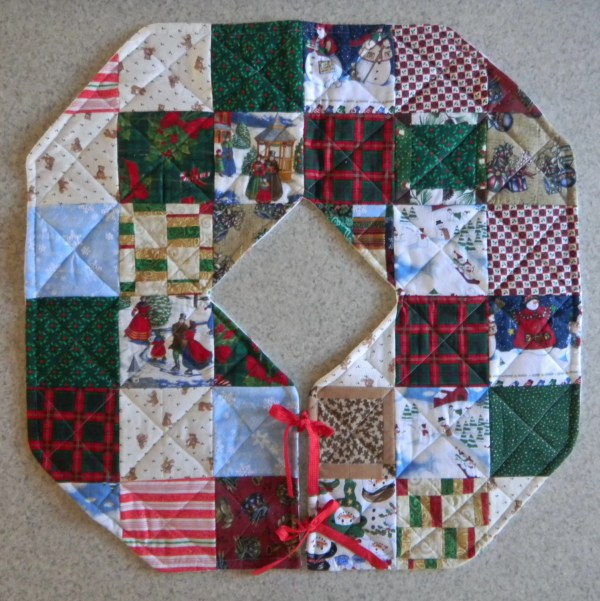 Quilted Christmas Tree Skirt Codysquilts