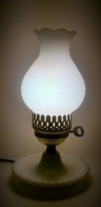 Vintage Fenton White Milk Glass Hobnail Boudoir Lamp