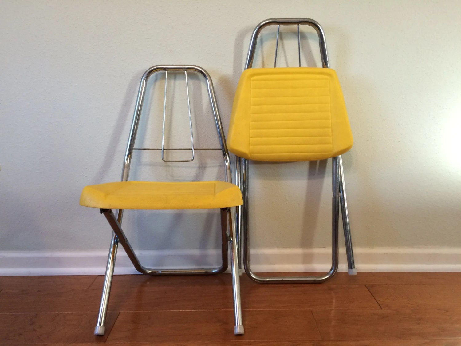 folding chair yellow how to make cushions with foam retro kids 39 metal chairs seats set of