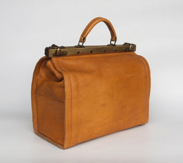 Vintage Genuine Leather Gladstone Bag Doctor'