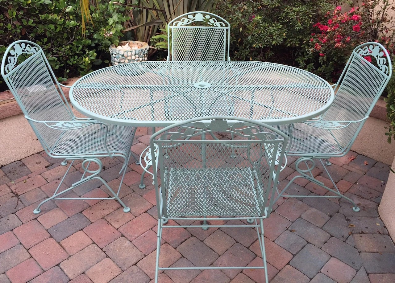 Mesh Patio Chairs Mid Century Woodard Mesh Patio Set Table Four Chairs