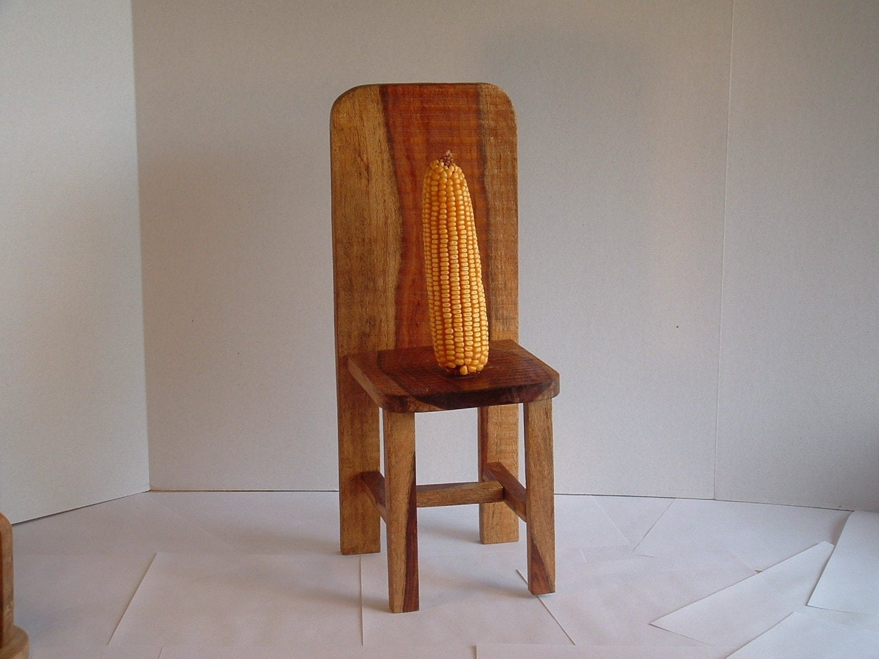 squirrel feeder chair banana leaf dining chairs the sits on by mcgscrafts