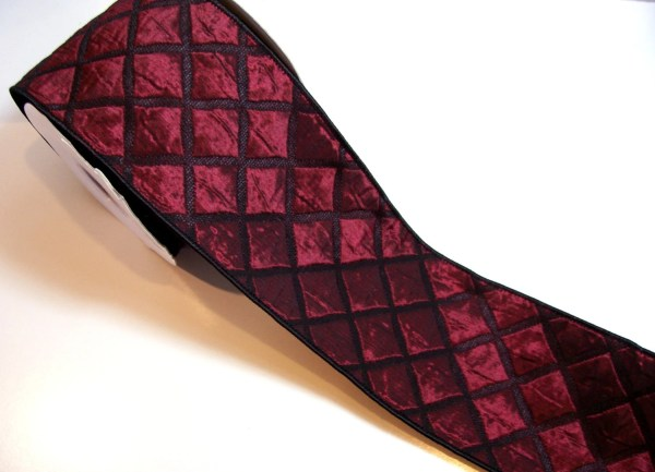 Wide Wired Ribbon Offray Burgundy Quilted Fabric