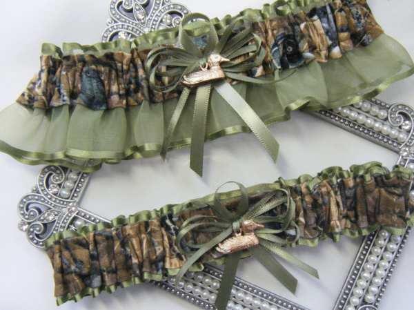 Duck Hunting Camouflage Wedding Garters Camo Garter Moss
