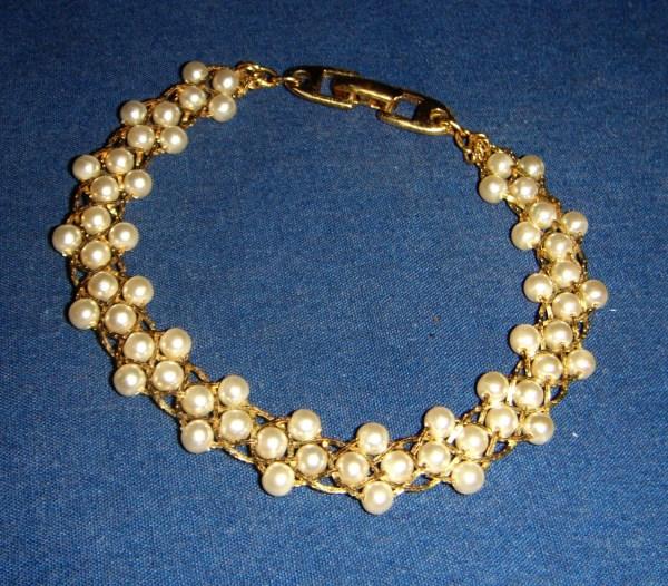 Napier Pearl Bracelet Vintage Inv1013