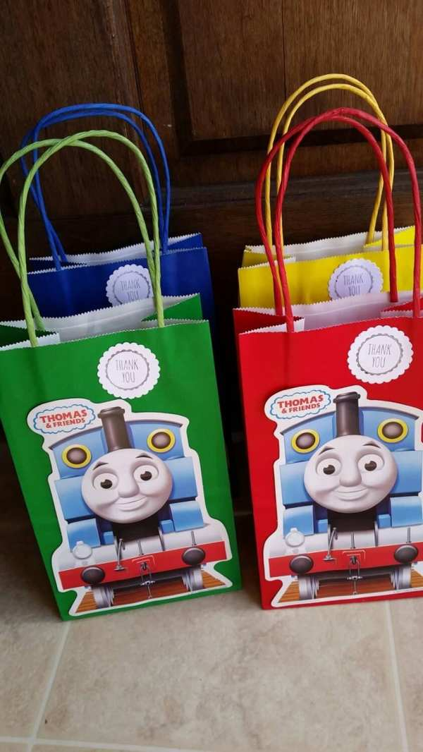Thomas Train Party Favor Bags. 12 Pieces Jennexpartysupply