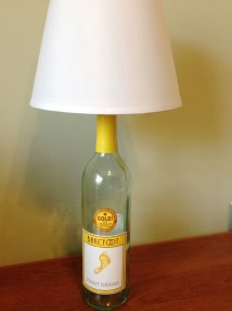 Barefoot Pinot Grigio Wine Bottle Table Lamp Light Small