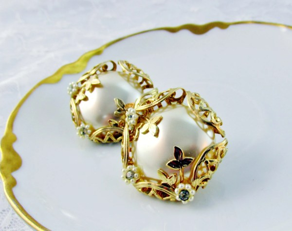 Vintage Earrings Large Faux Pearl Trimmed