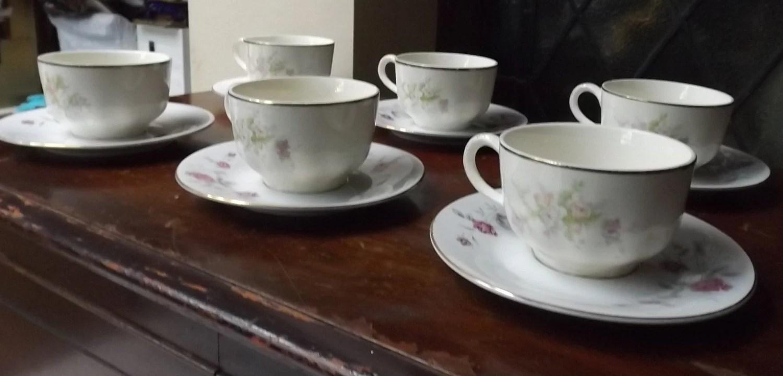 Vintage tea cup bulk 6 cups saucers roses prarie flowers creme
