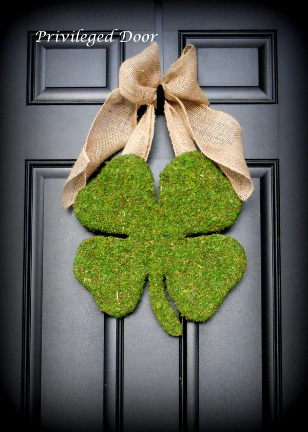 St. Patricks Day Wreath Moss Shamrock Covered Wood