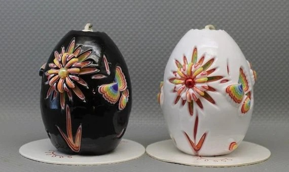 Beautiful hand carved flower candle