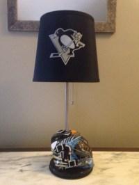 Pittsburgh Penguins mini goalie mask lamp. Nhl sports team.