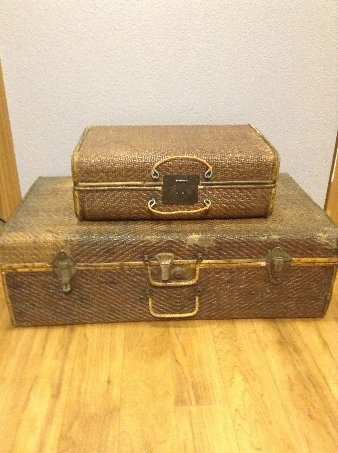 Set of two vintage rattan trunks vintage shabby chic - Shabby chic decor for sale ...