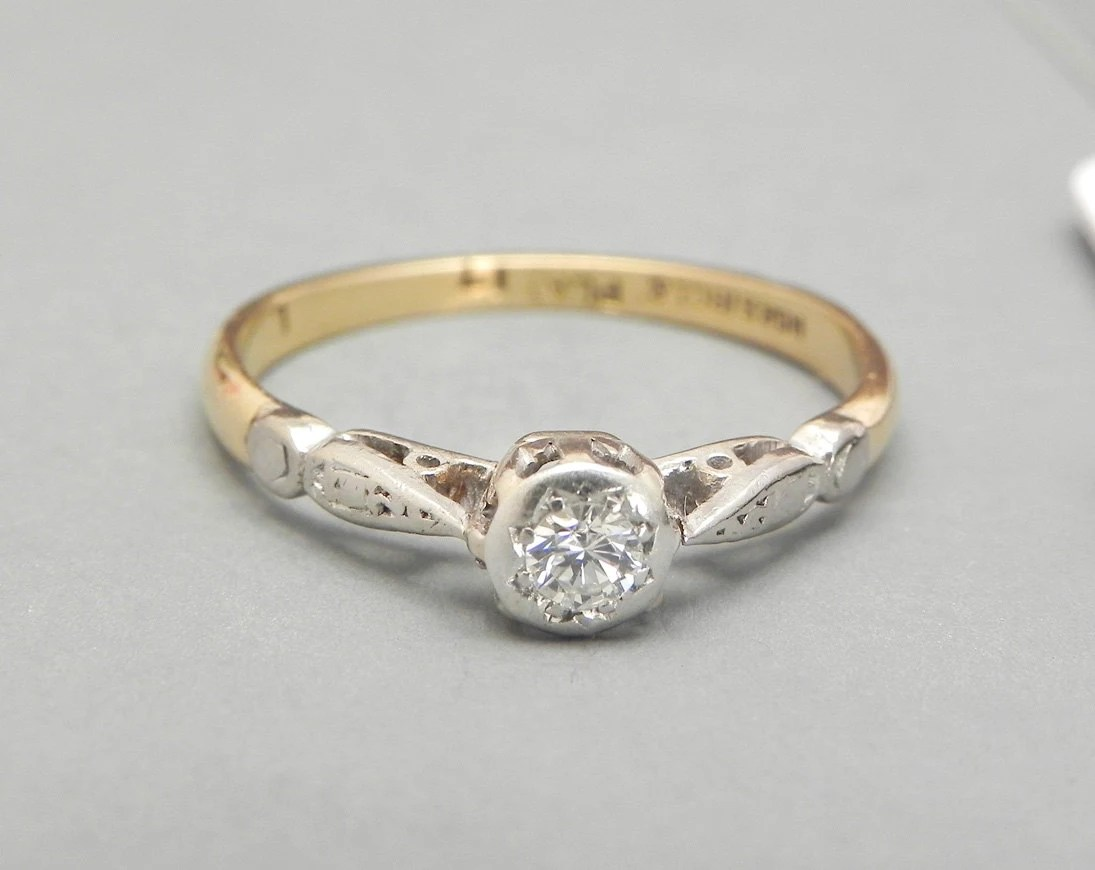 vintage engagement ring 1920s 0 17ct