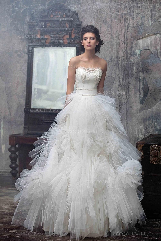 Wedding dress Designer wedding dress gown Tulle Wedding