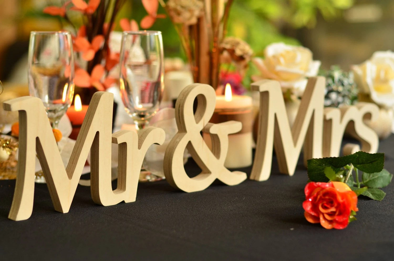 DIY Script Mr & MRS Wedding Sign Freestanding Wooden Sign