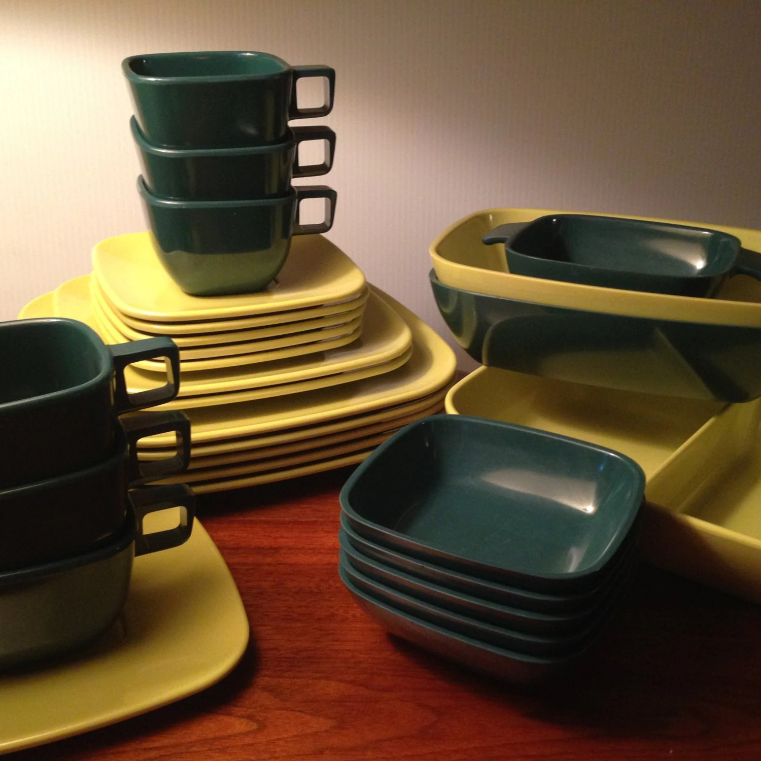 Vintage 28 piece brookpark melmac square design modern for Cuisine retro 50 s