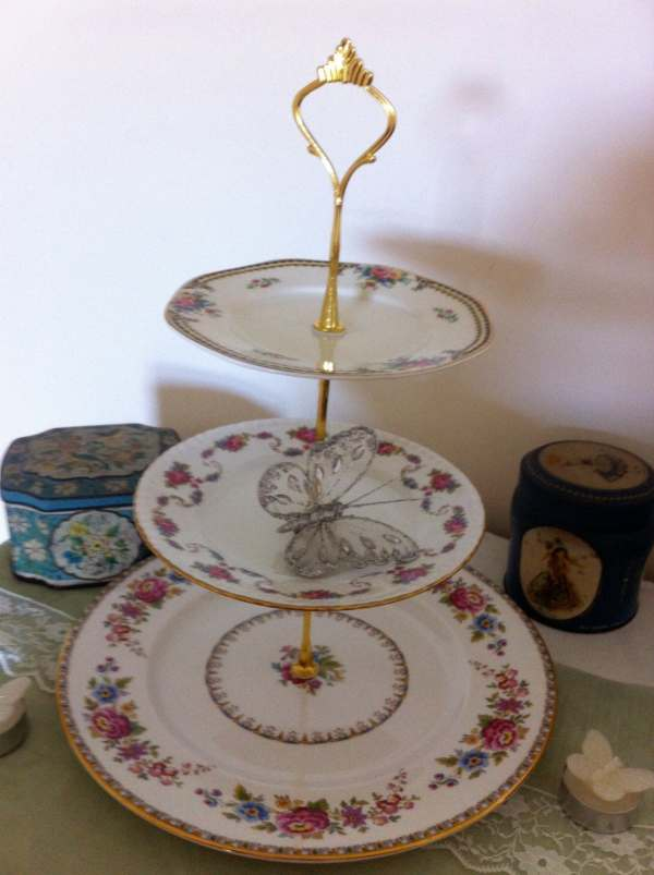 Vintage 3 Tiered Cake Stand Pretty Pink